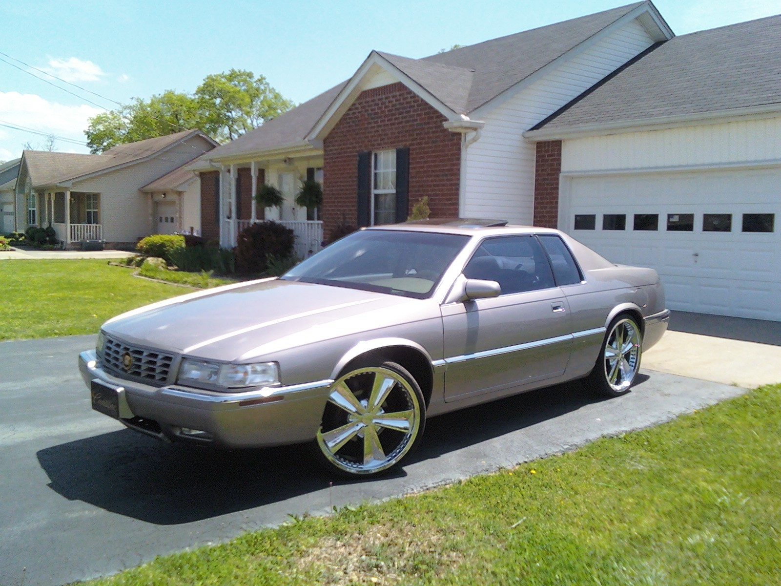 1999 Cadillac Eldorado - Information and photos - ZombieDrive