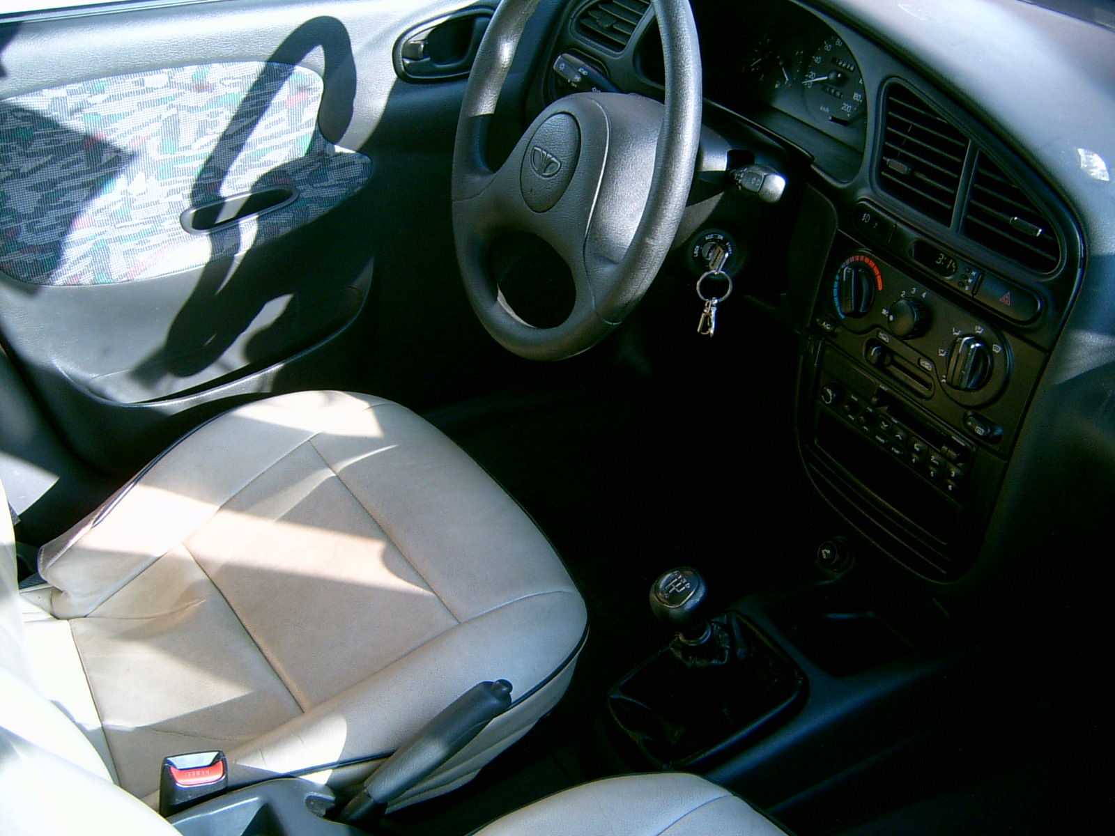 Ford Scorpio Sedan 1992 further 5 door hatchback further 3 also 4739 1999 Daewoo Lanos 8 as well Honda Jazzfit 2002. on daewoo hatchback
