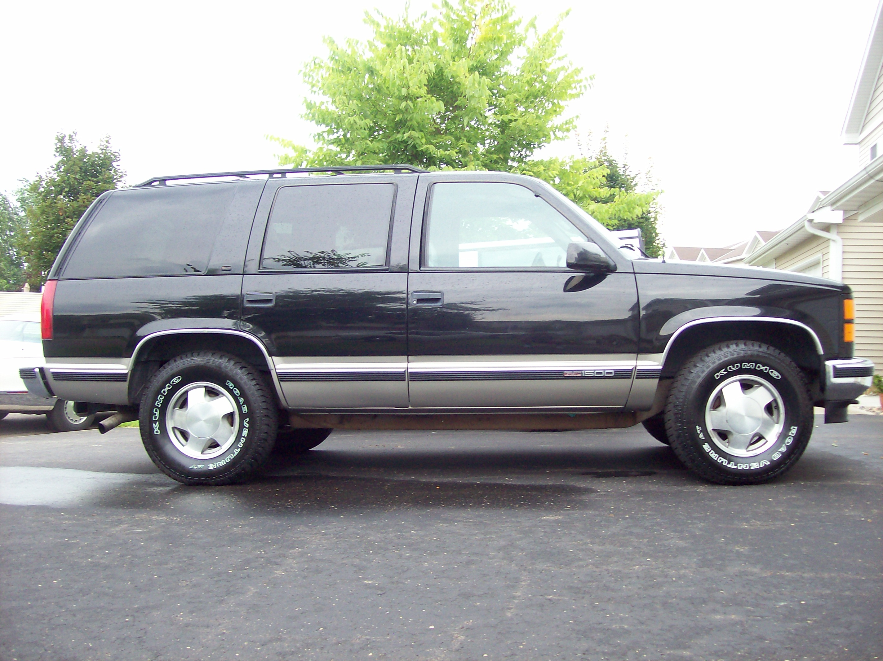 1999 GMC Yukon 19