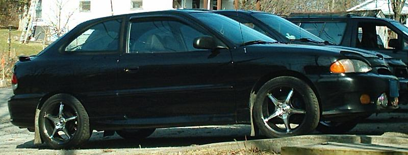 1999 Hyundai Accent 15