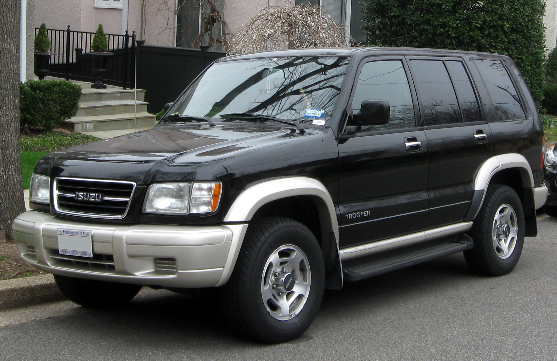 Isuzu Trooper #12