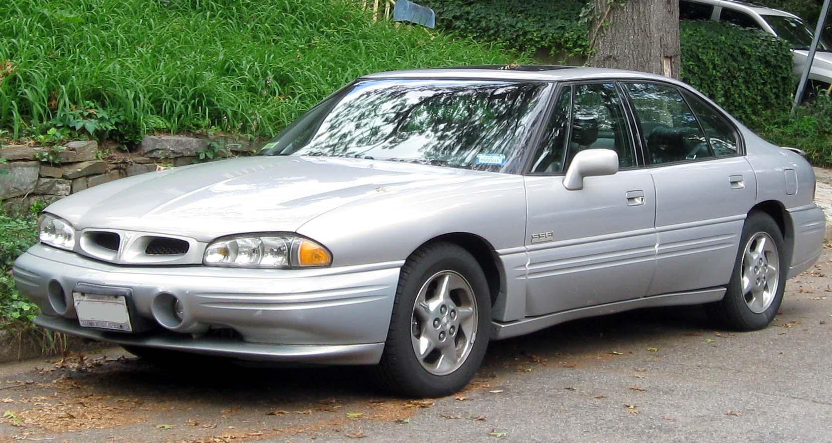 1999 Pontiac Bonneville 11