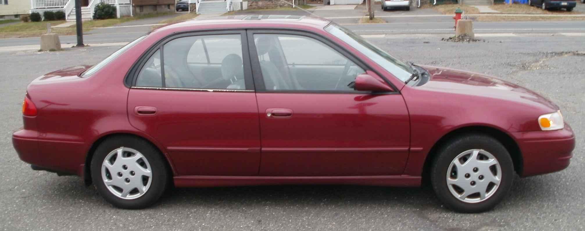 1999 Toyota Corolla Image 1