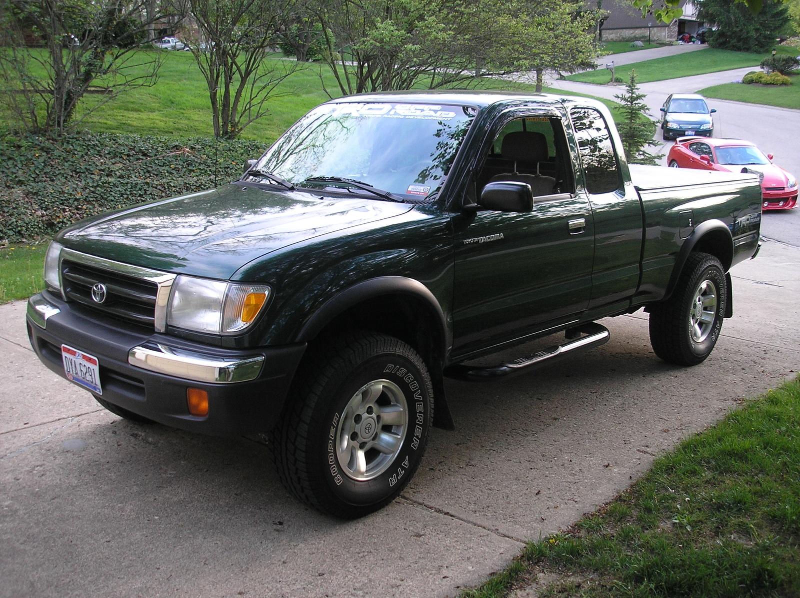 1999 Toyota Tacoma Image 8