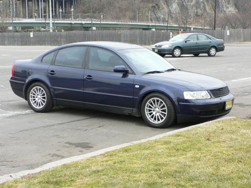 1999 volkswagen passat tire size