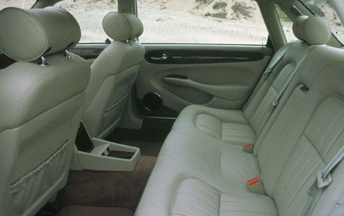 1999 Jaguar XJ-Series 4 D interior #7
