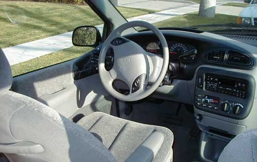 1999 Plymouth Grand Voyag interior #9