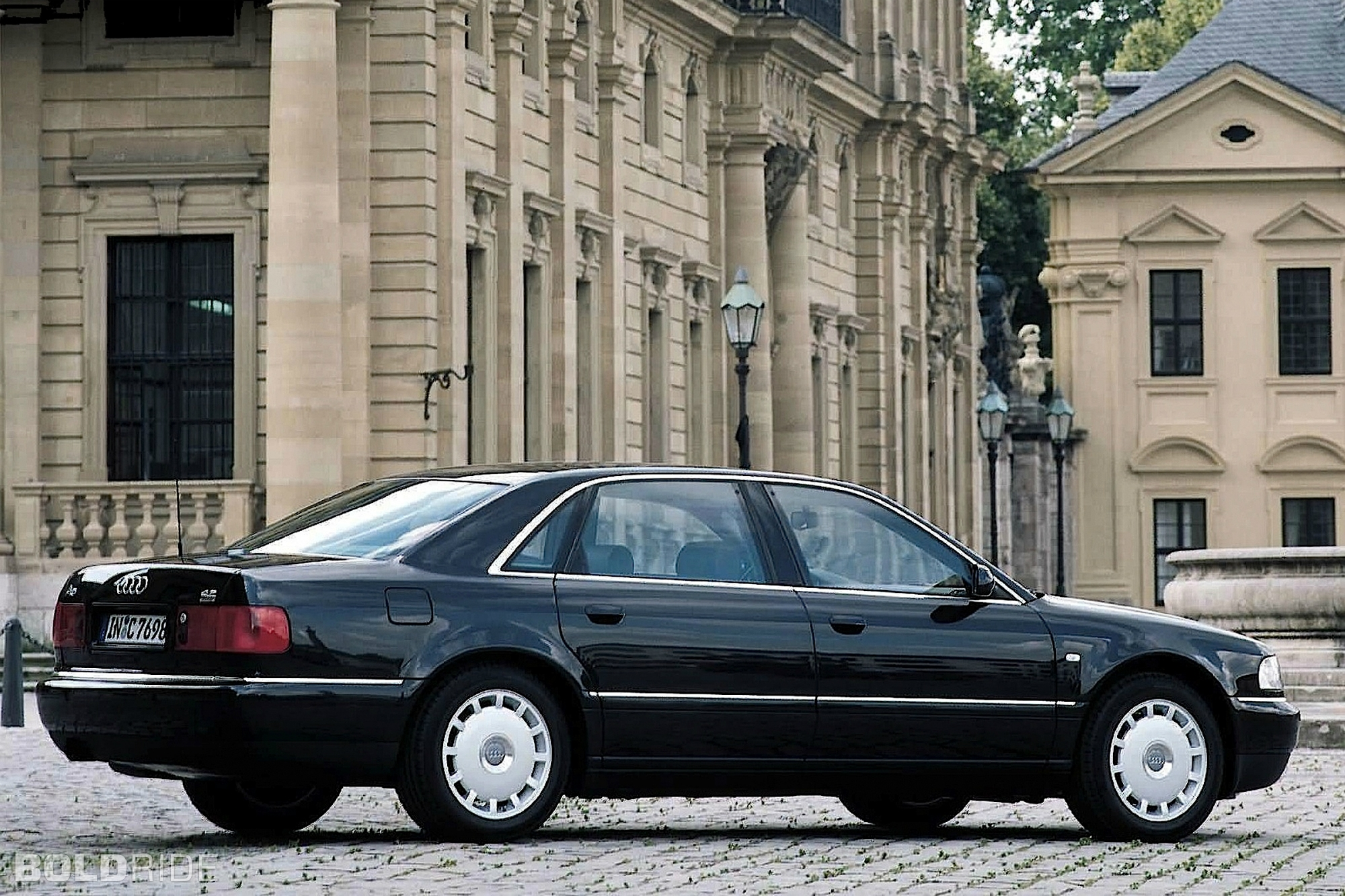 2000 audi a8 information and photos zombiedrive. Black Bedroom Furniture Sets. Home Design Ideas