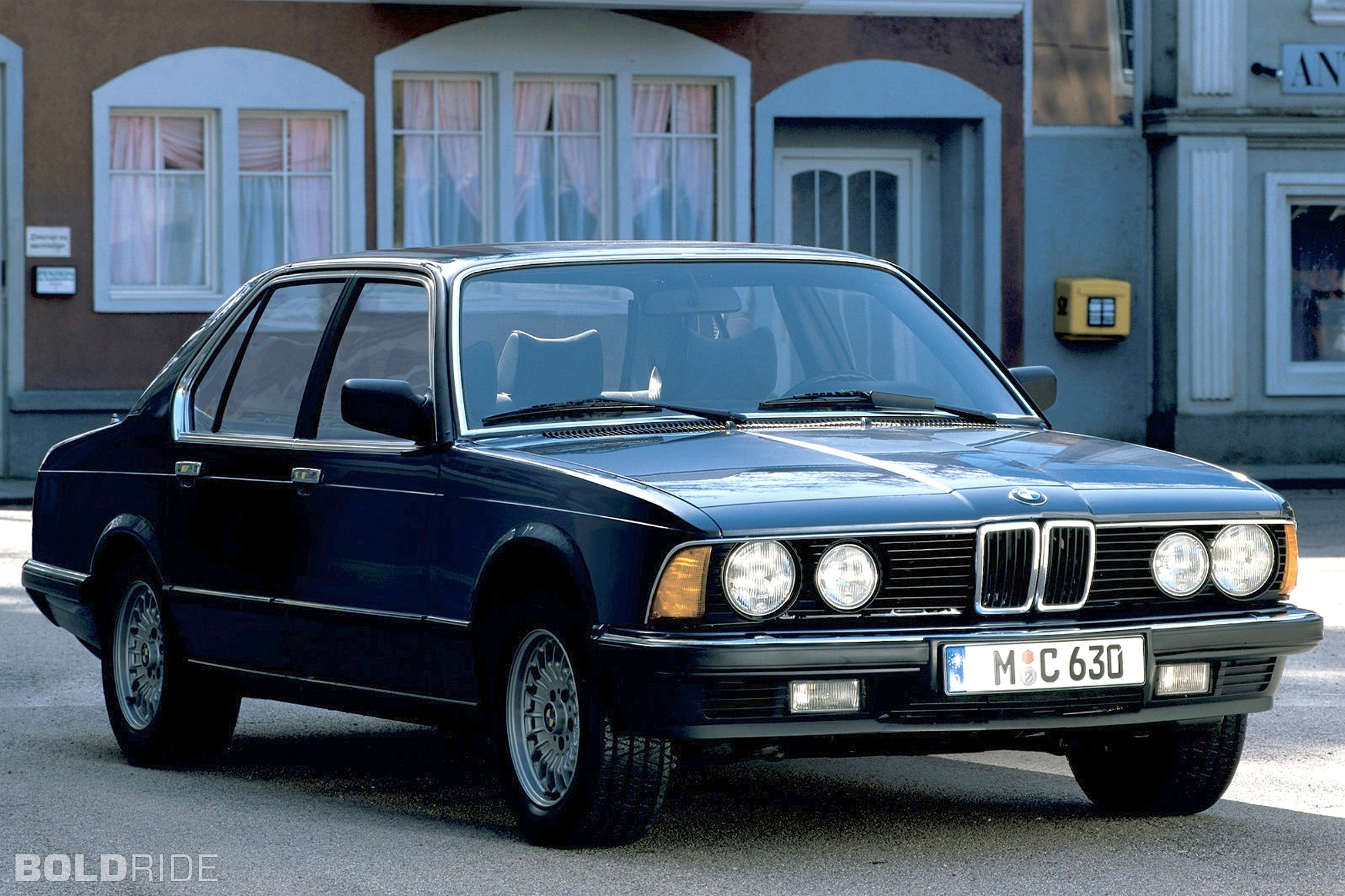 2000 Bmw 7 Series Information And Photos Zombiedrive