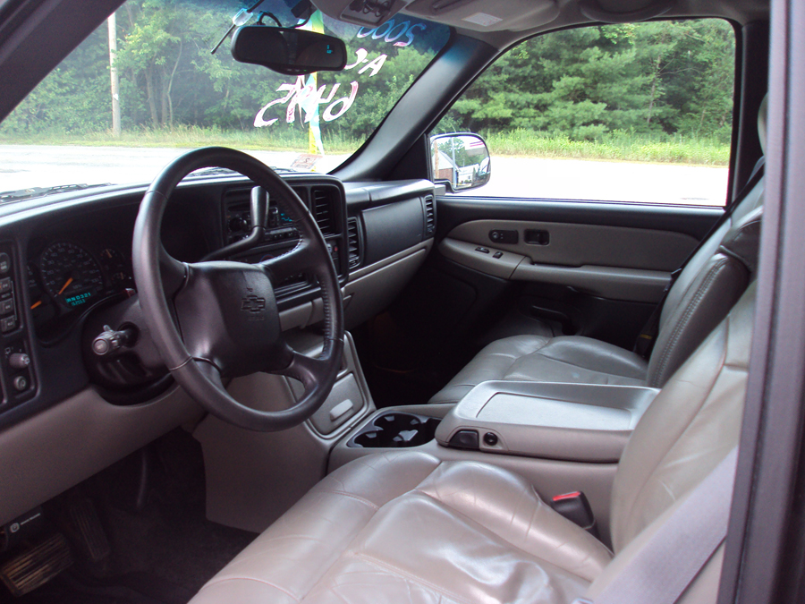 2000 Chevrolet Tahoe Information And Photos Zombiedrive