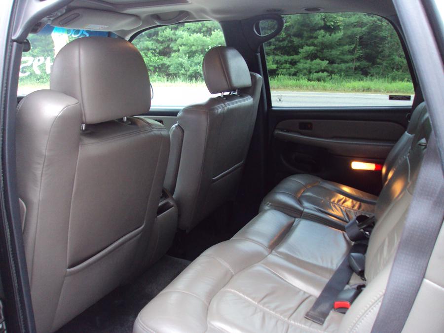 2000 Chevrolet Tahoe Image 14