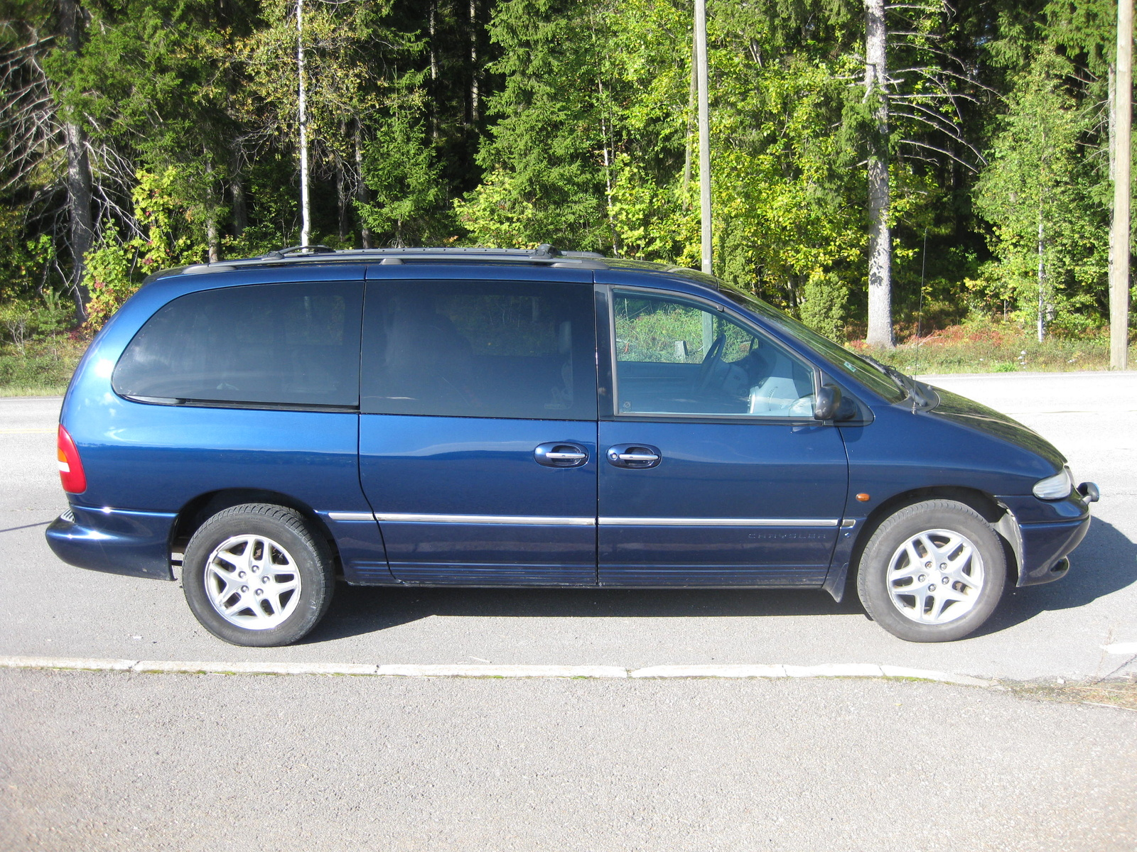 2000 Chrysler Grand Voyager Information And Photos Zombiedrive Tuning 11