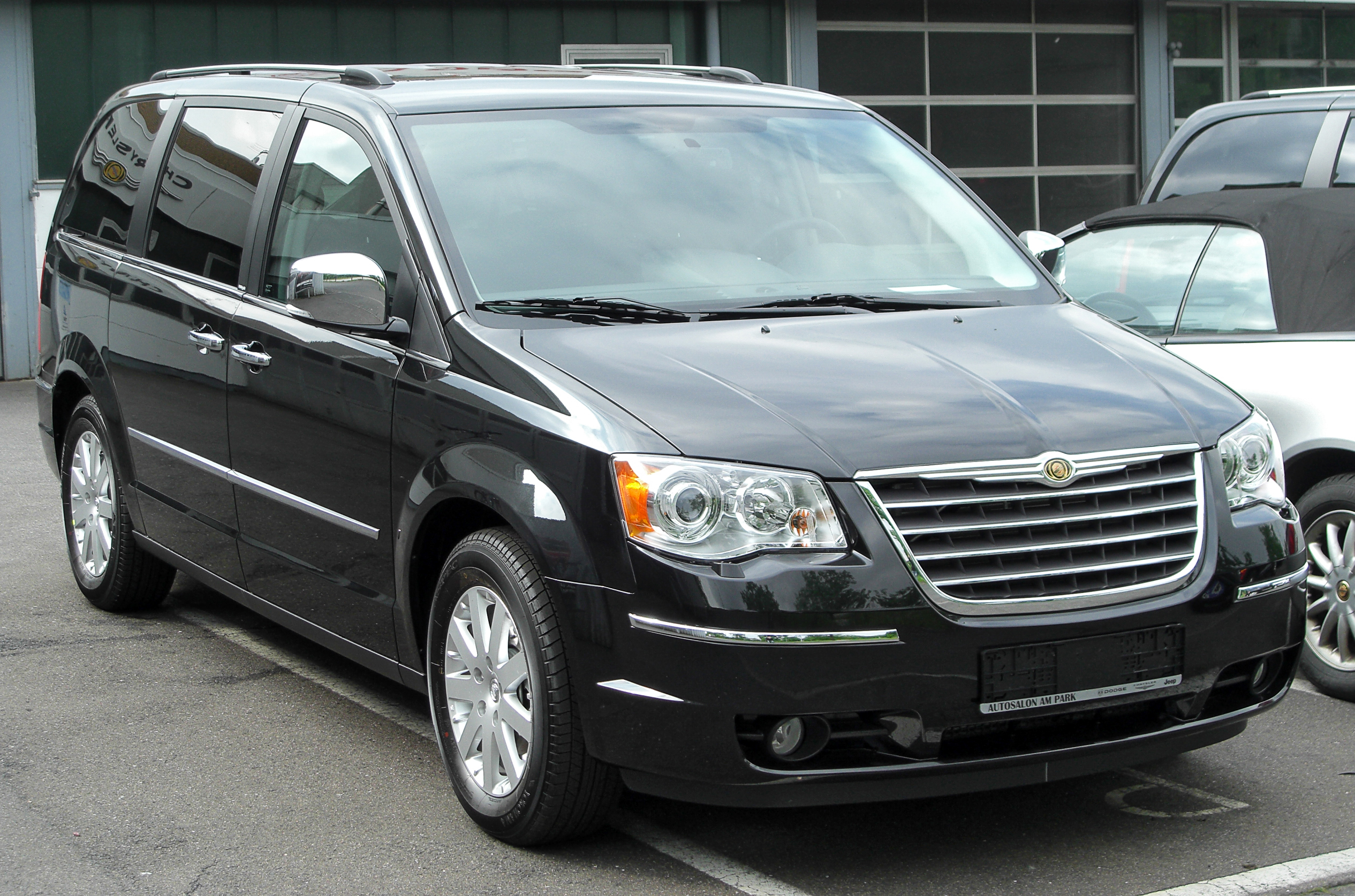 Chrysler Grand Voyager #10