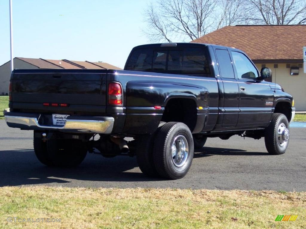 2000 Dodge Ram Pickup 3500 Image 9
