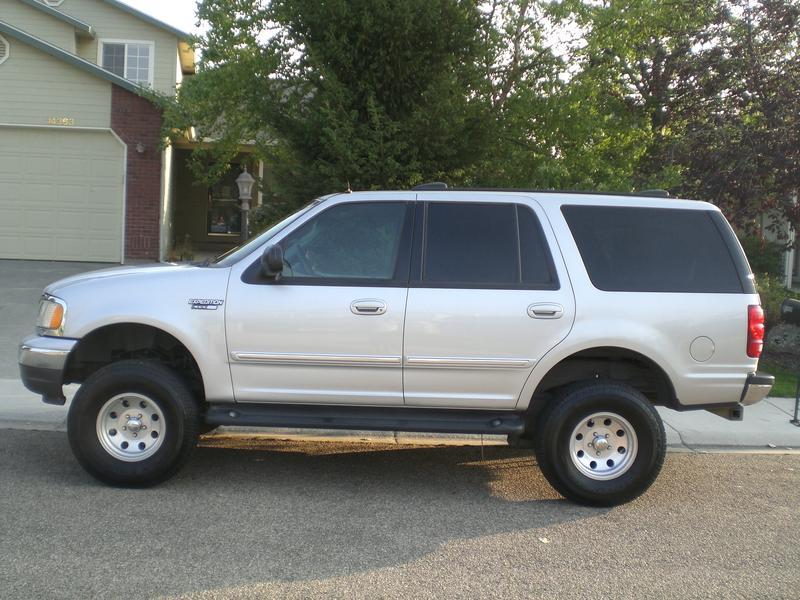 2000 ford expedition silver 200 interior and exterior. Black Bedroom Furniture Sets. Home Design Ideas
