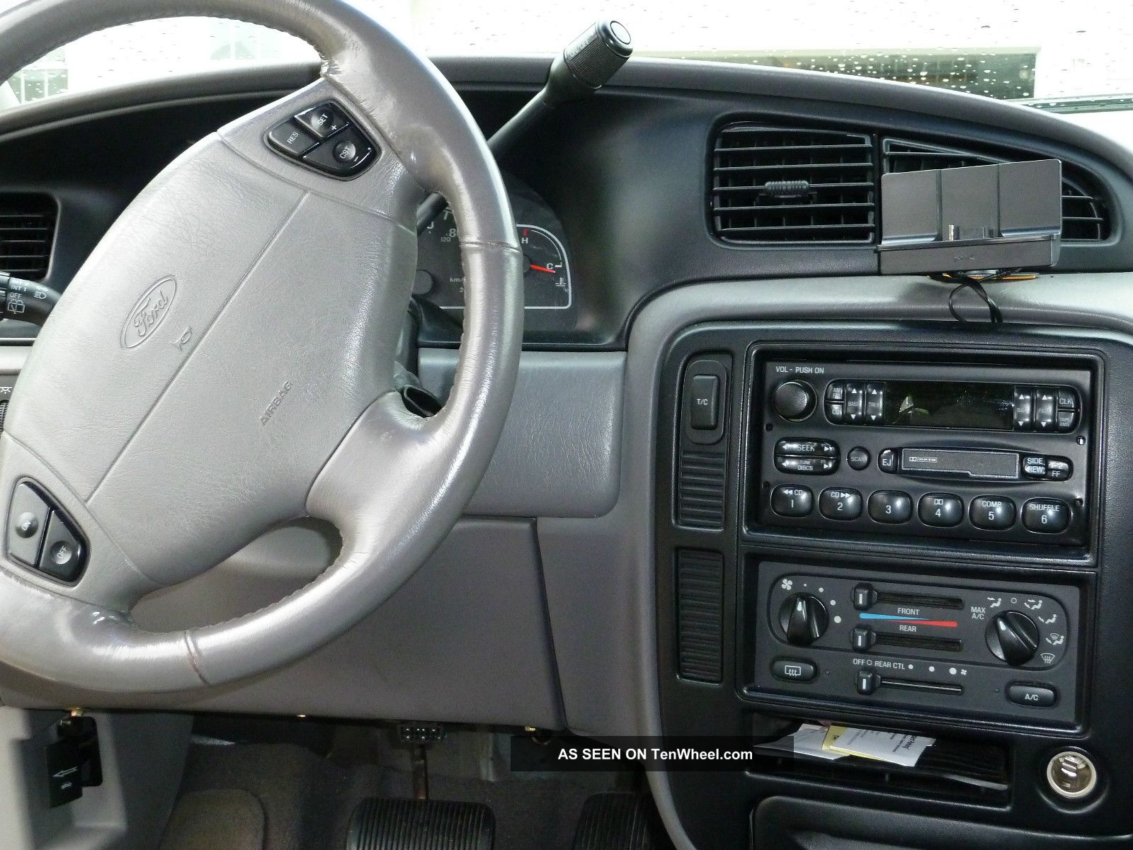 2000 ford windstar image 24