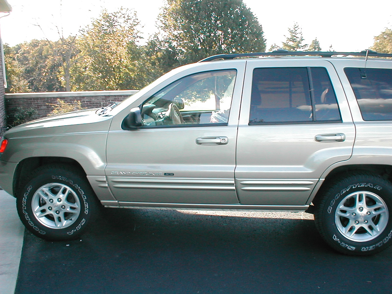 2000 jeep grand cherokee image 12 for Interieur jeep grand cherokee 2000