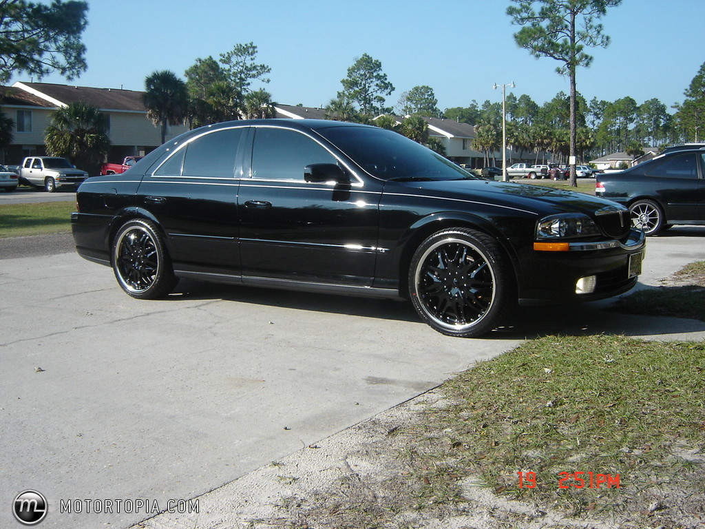 Lincoln LS #10