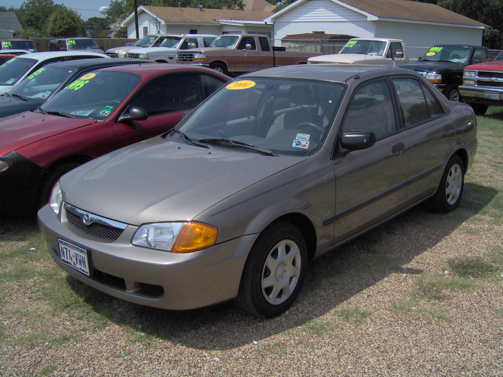 2000 Mazda Protege Image 10