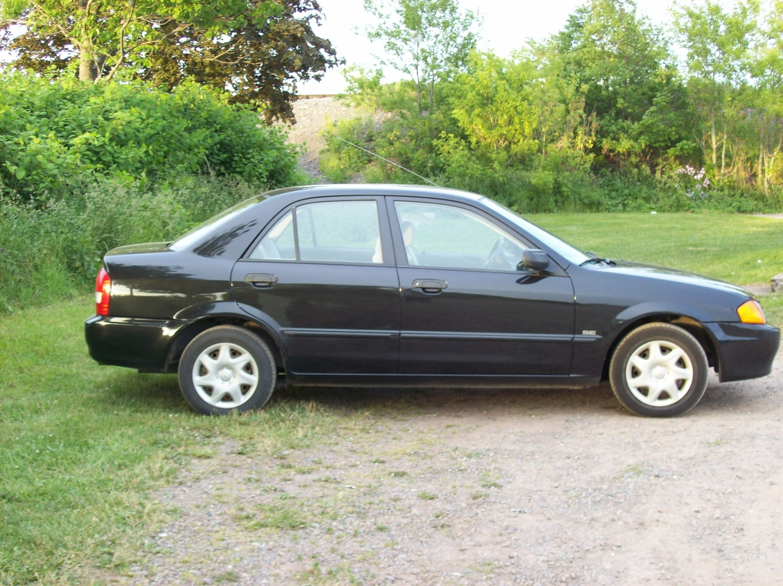 2000 Mazda Protege Image 13