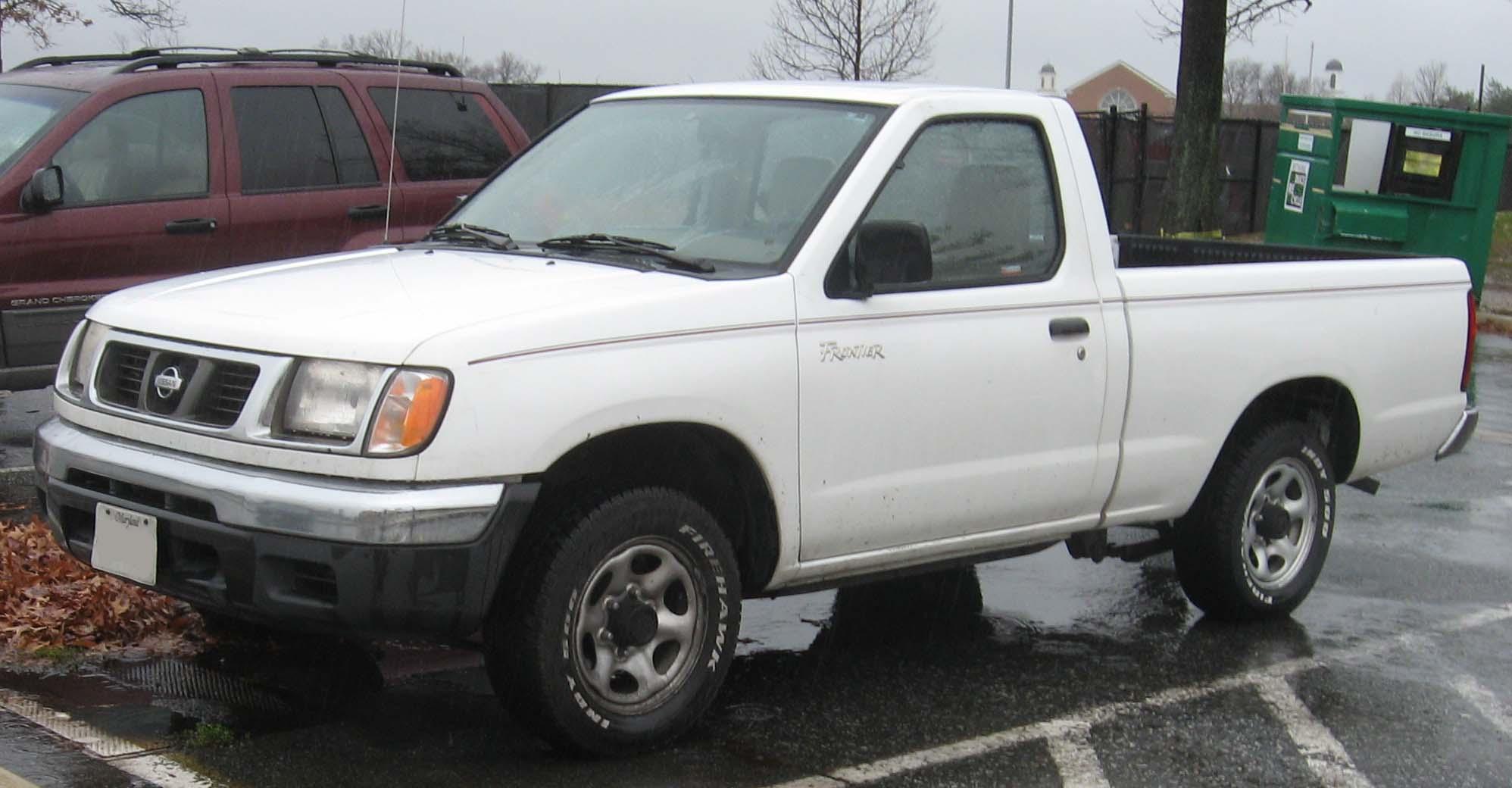 2000 Nissan Frontier 13