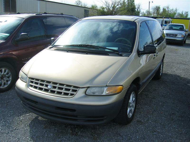 Plymouth Grand Voyager #14