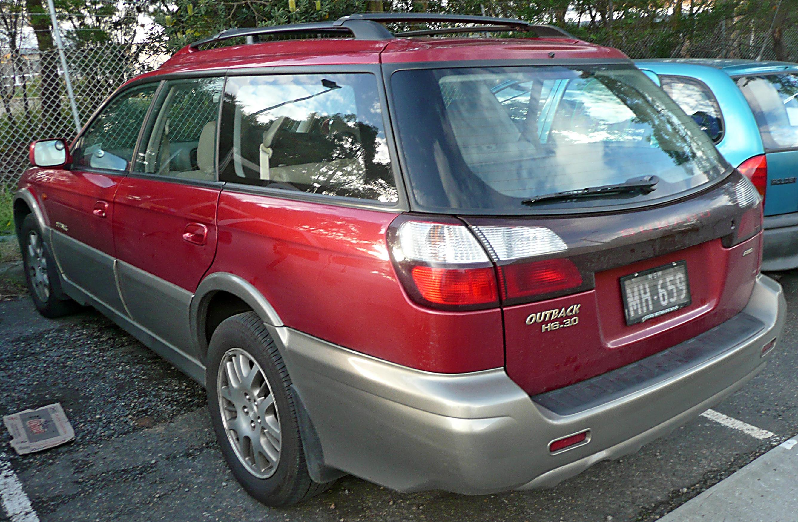 2000 Subaru Outback Image 14