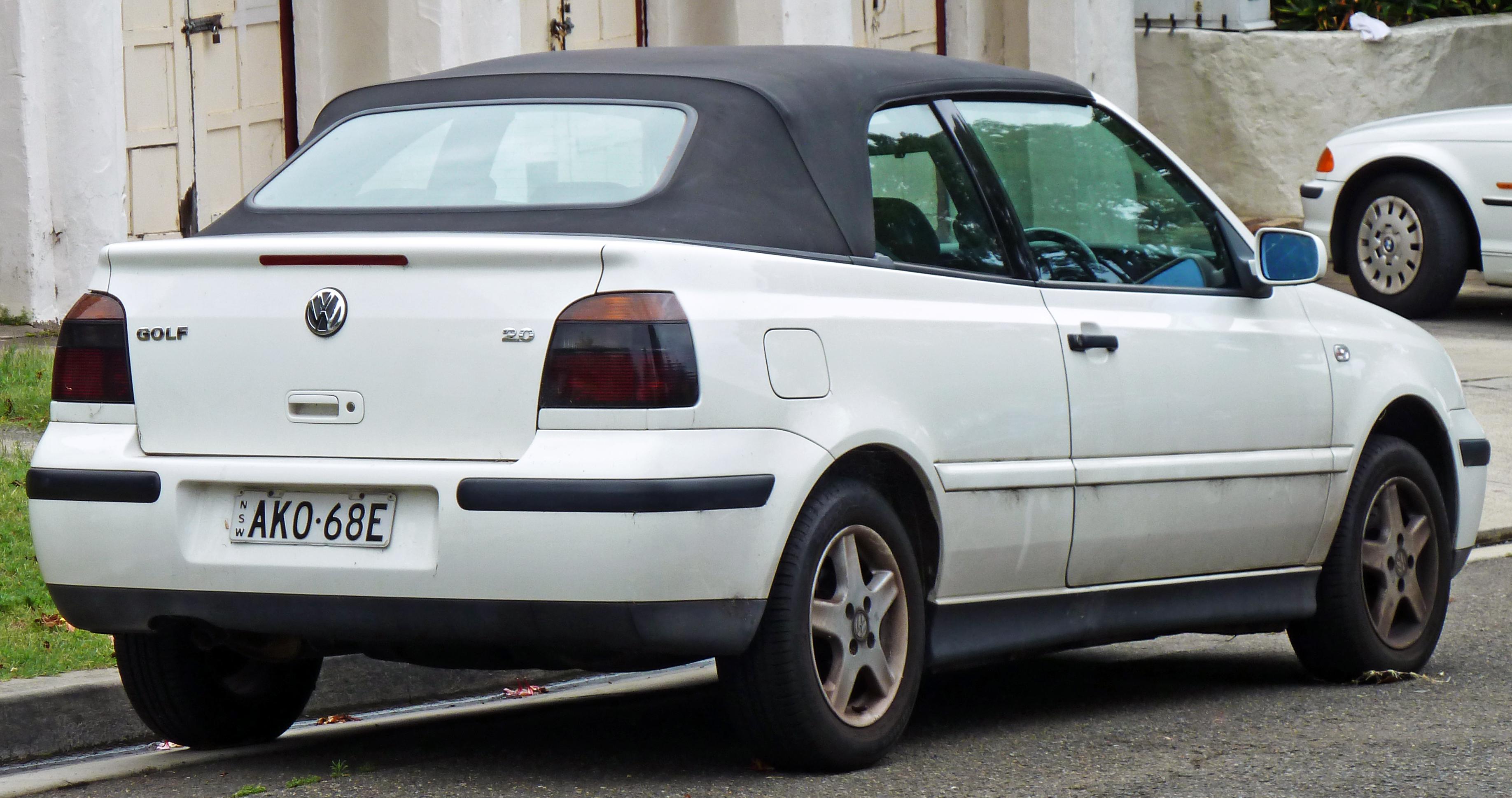 2000 Volkswagen Cabrio Image 7