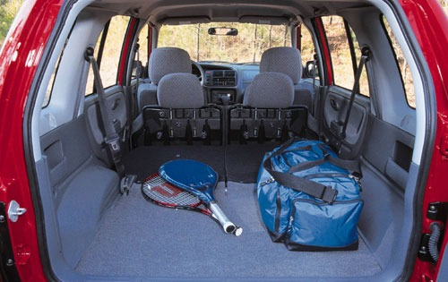 2000 Chevrolet Tracker 2  interior #9