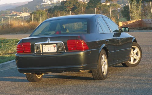 2001 Lincoln LS 4dr Sedan exterior #11