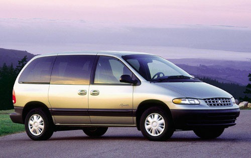 2000 Plymouth Voyager 4 D exterior #2