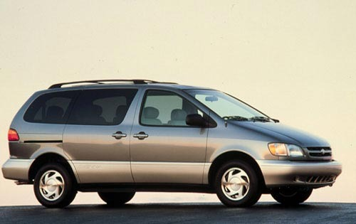 2002 Toyota Sienna LE 4dr exterior #1