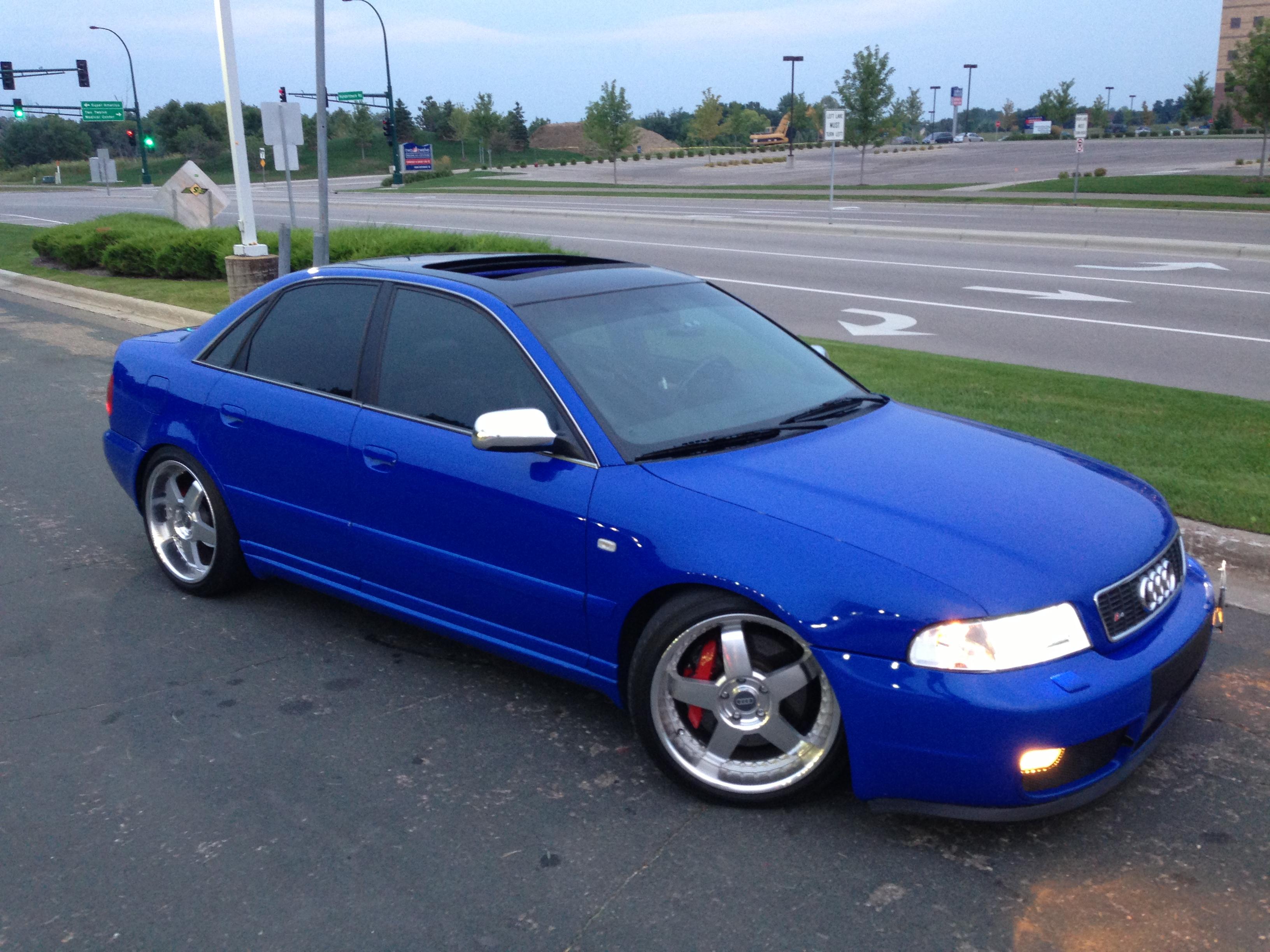 2001 Audi S4 Image 8