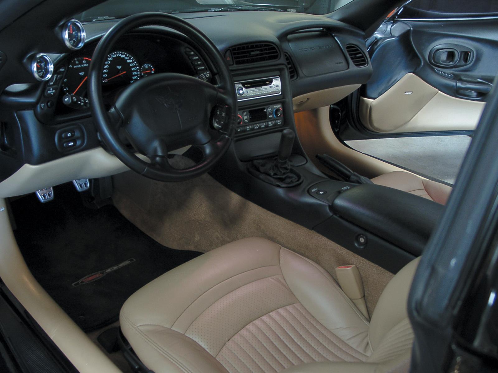 4215 2001 Chevrolet Corvette 12