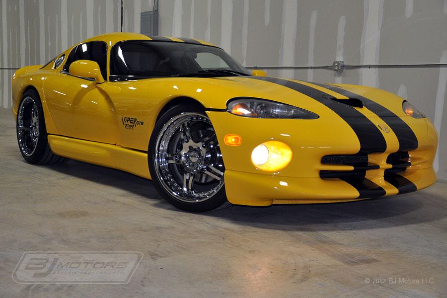 Dodge Viper Yellow Dodge viper #17