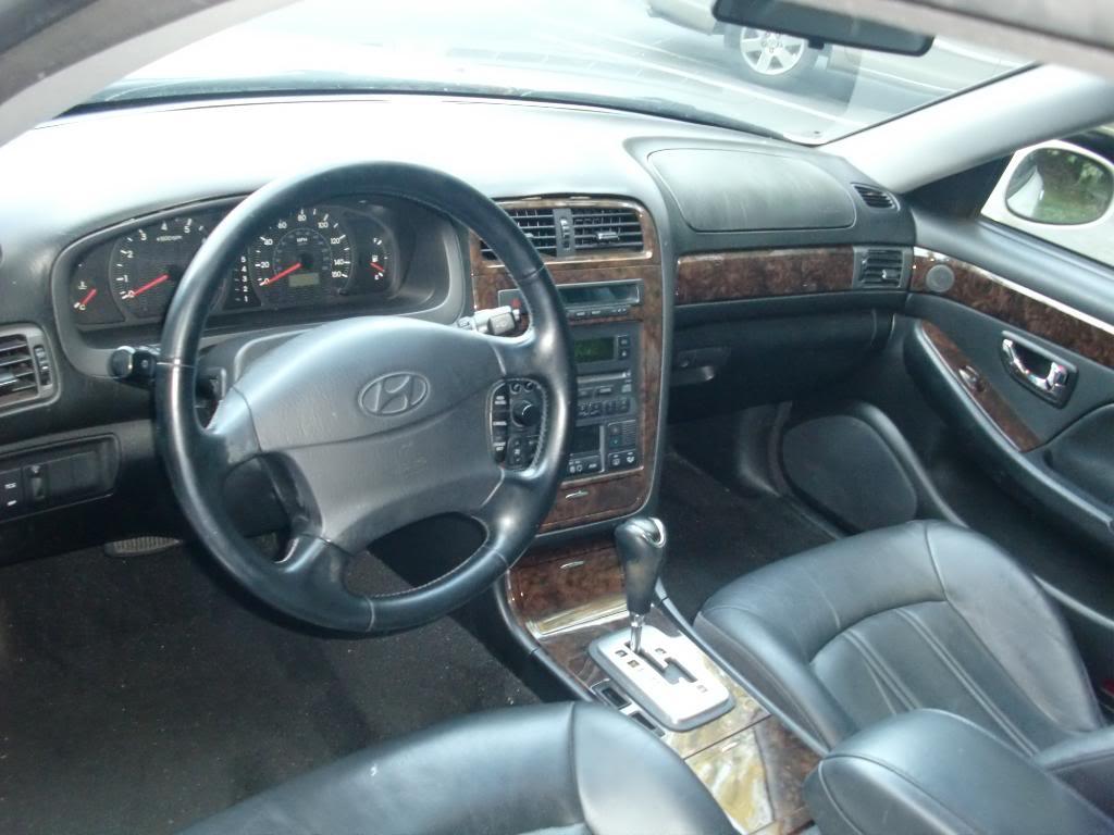 2001 Hyundai XG300 - Information and photos - ZombieDrive