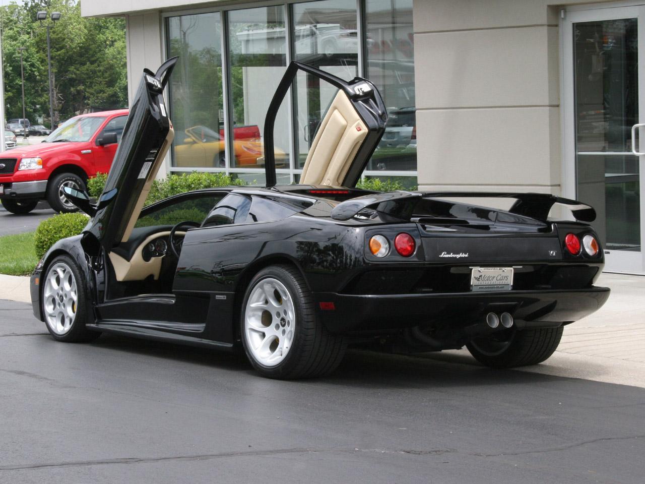 2001 Lamborghini Diablo Image 12