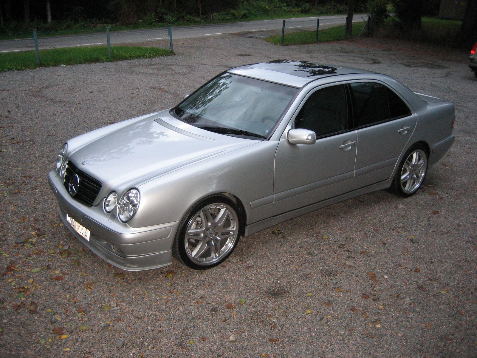 2001 Mercedes Benz E Class Information And Photos