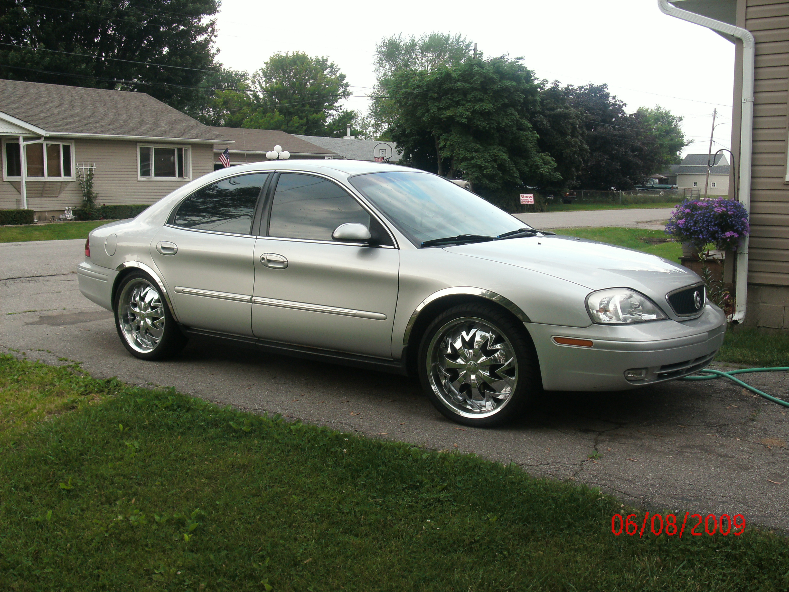 2001 Mercury Sable - Information and photos - Zomb Drive