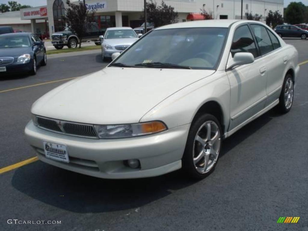 2001 Mitsubishi Galant Image 13