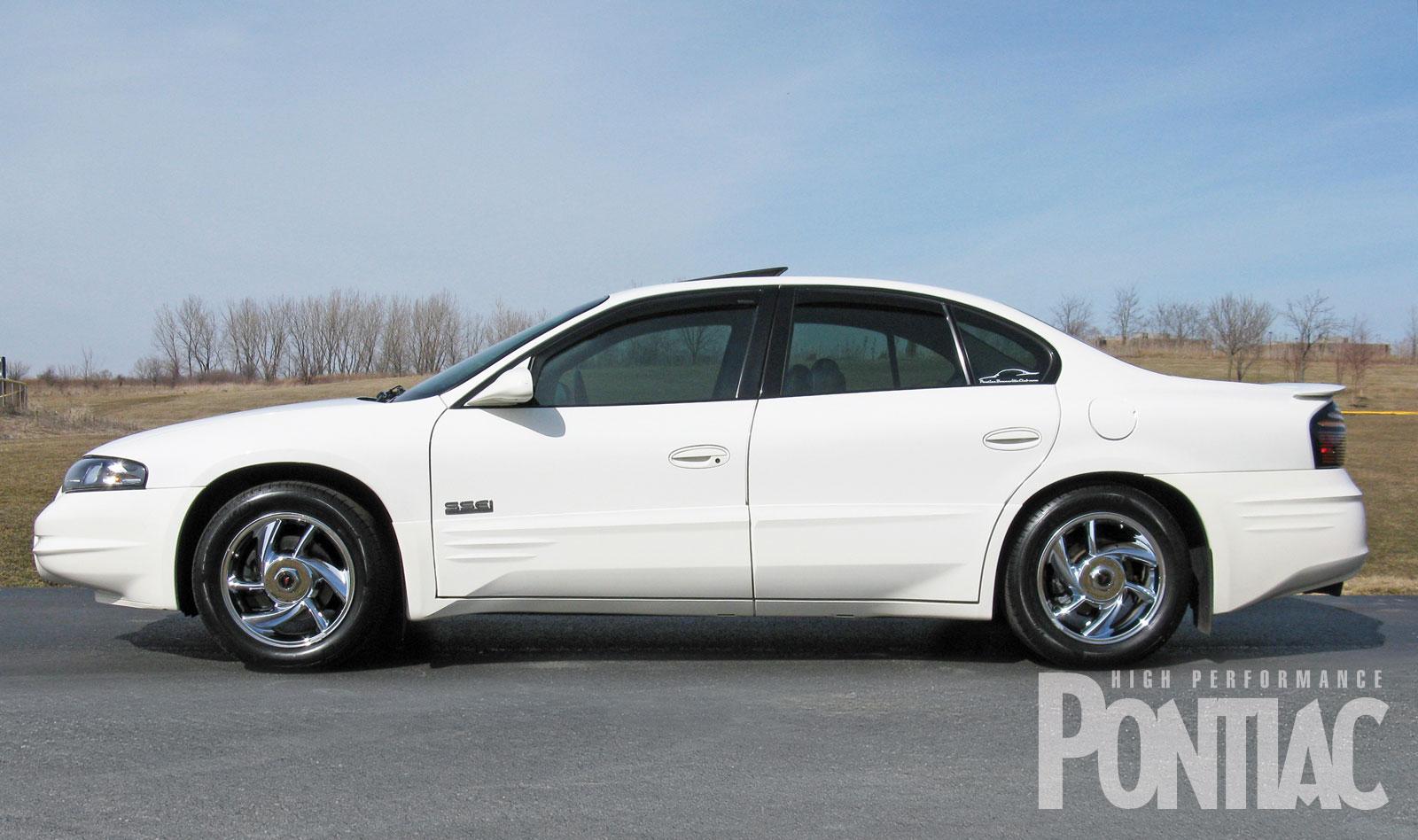 2001 Pontiac Bonneville Image 11