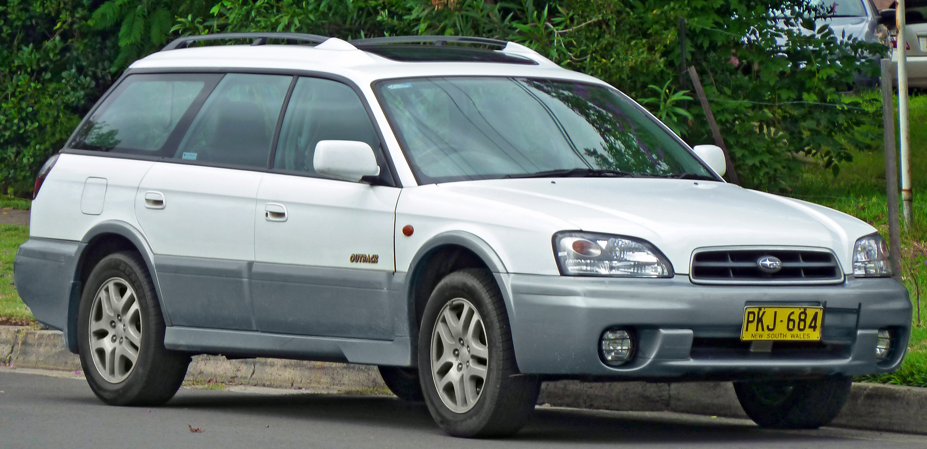 2001 Subaru Outback Custom >> 2001 Subaru Outback - Information and photos - ZombieDrive