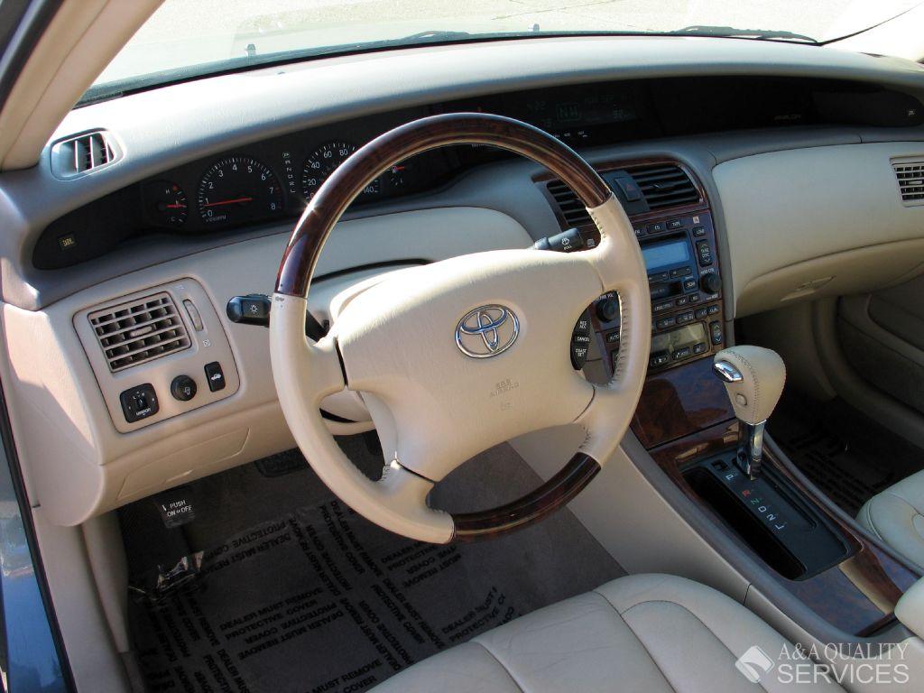2001 Toyota Avalon Image 15