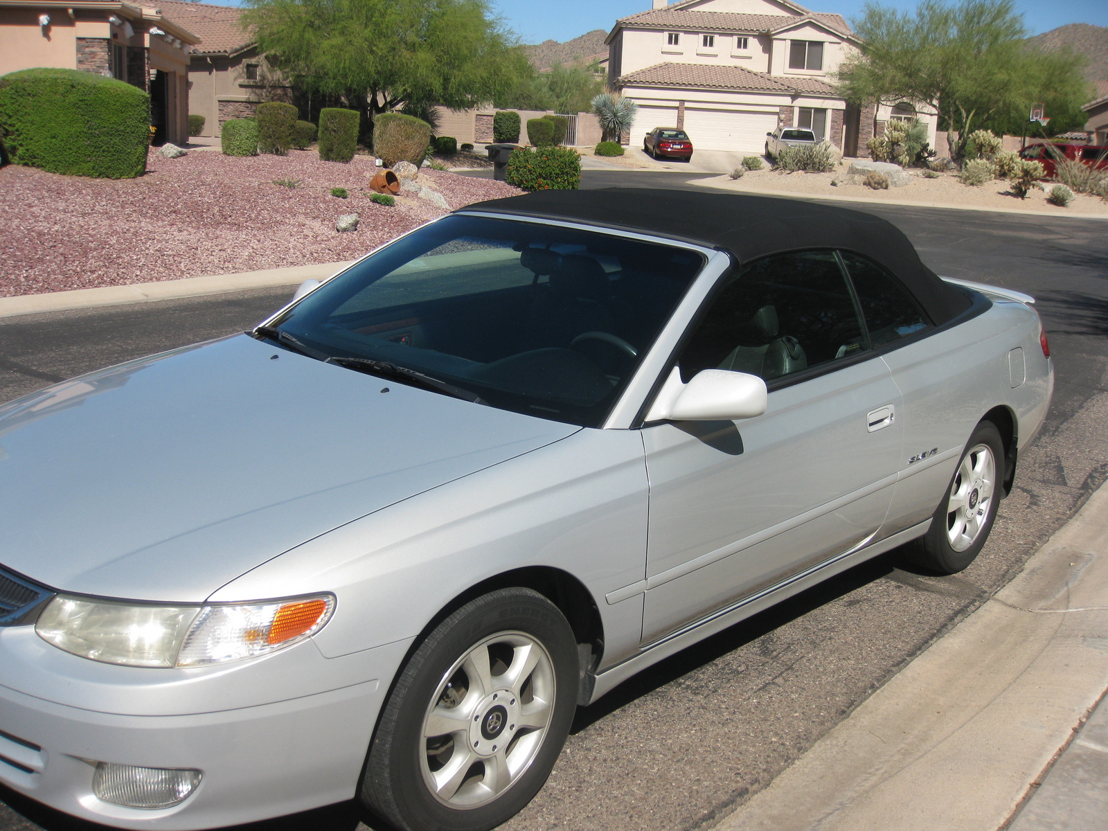 Pictures of a 2001 toyota solara