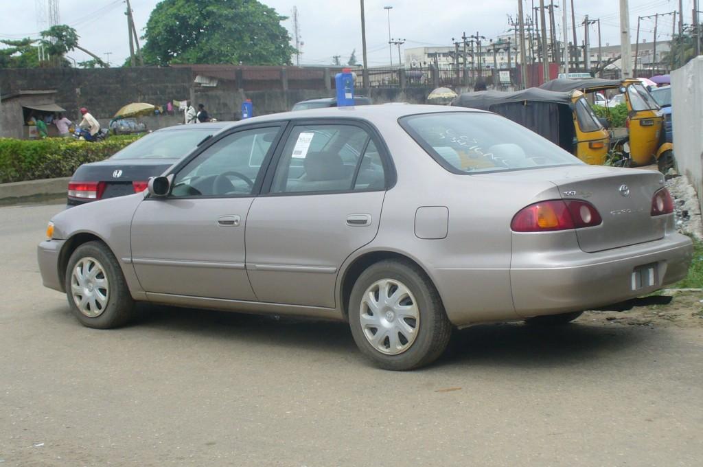 2001 Toyota Corolla Image 9