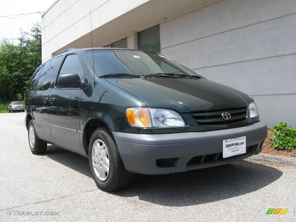 2001 Toyota Sienna Image 8