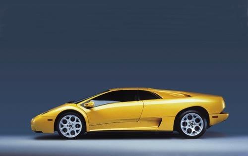 2001 Lamborghini Diablo Image 2