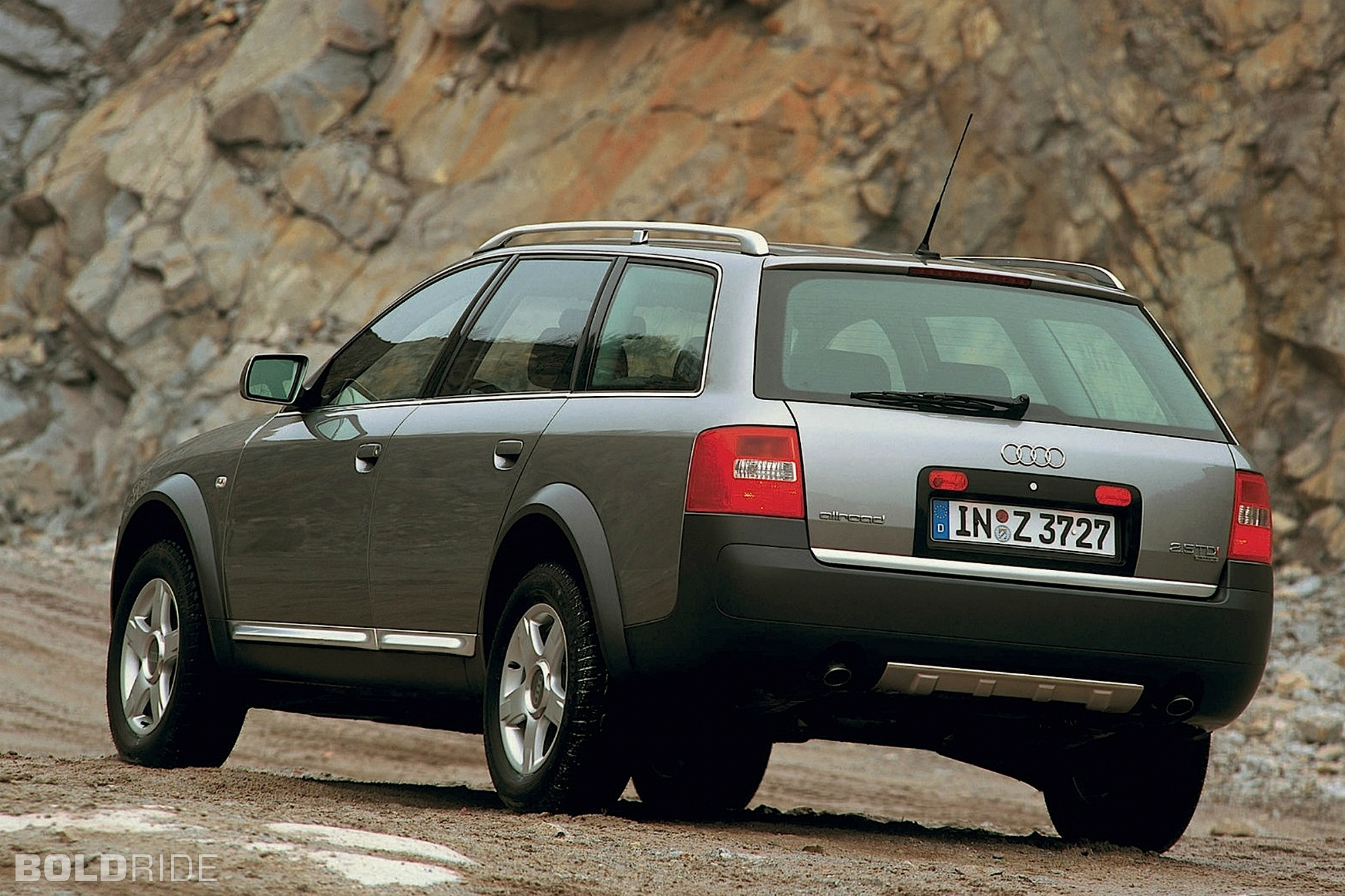 2002 audi allroad quattro information and photos. Black Bedroom Furniture Sets. Home Design Ideas
