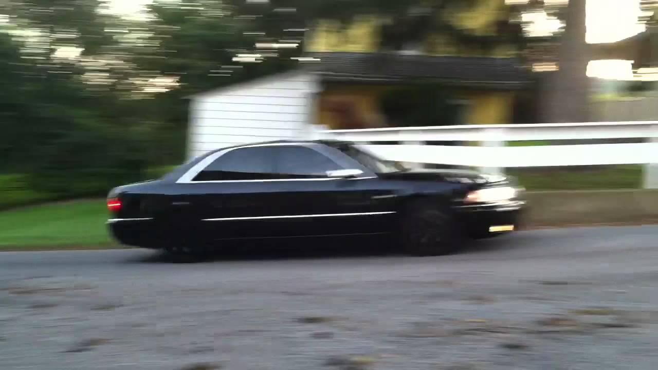 2002 Audi S8 Image 6