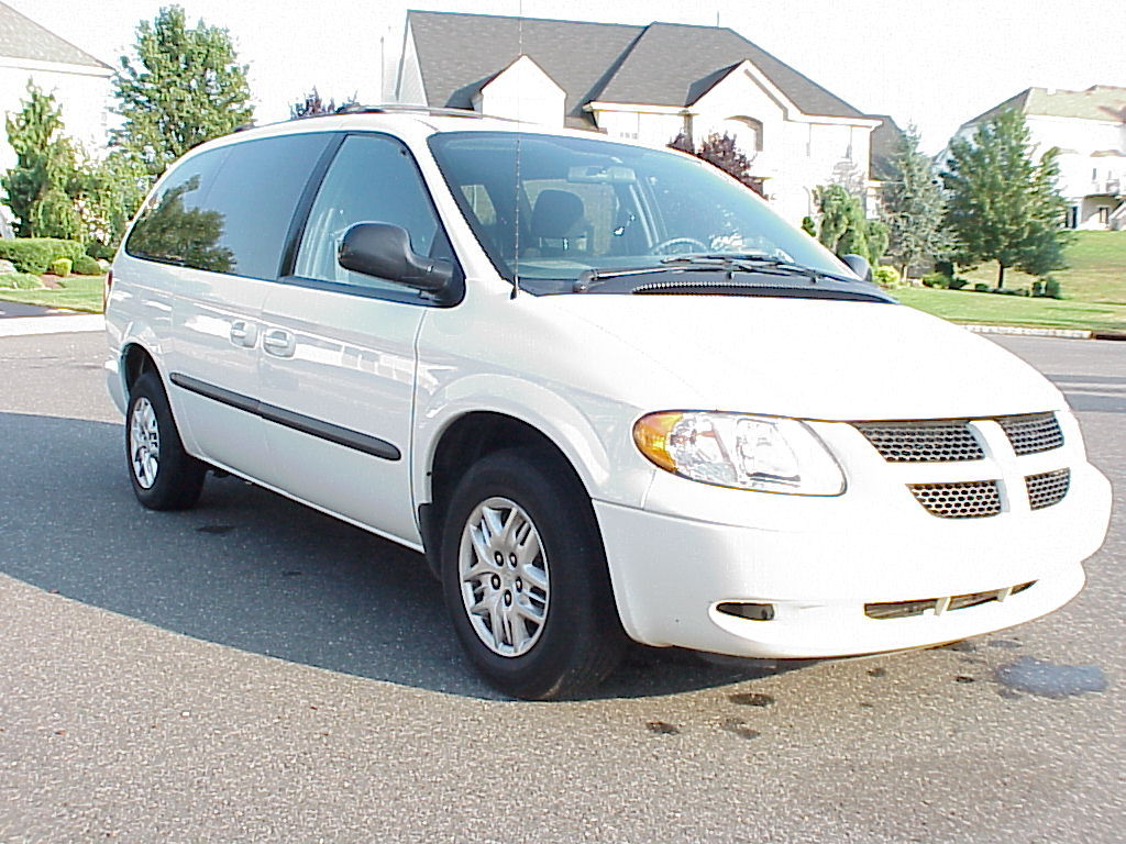 2002 dodge grand caravan information and photos. Black Bedroom Furniture Sets. Home Design Ideas